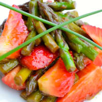 Insalata di asparagi e fragole step 5