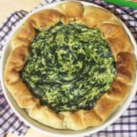 Salt cake with Ricotta cheese and spinach