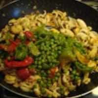 Paella de marisco y pollo paso 4