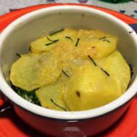 Cocottine patatas y brócoli con queso gorgonzola