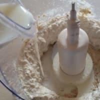salsa de queso ricotta y nueces paso 3