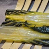 Salmone in crosta di mandorle speziate su letto di bieta step 5
