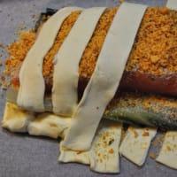 Costra de almendras de salmón con especias en la cama de acelgas paso 8