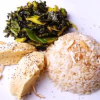 El arroz integral con la col negro