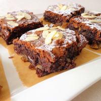 Pastel de chocolate fudge, almendras y pasas paso 4