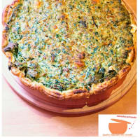 Quiche with chicory and sausage