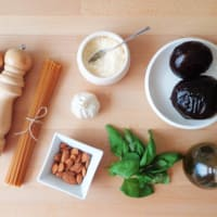 Espagueti con pesto de remolacha paso 1
