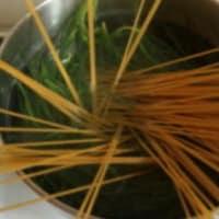 agretti y las migas de los espaguetis paso 4
