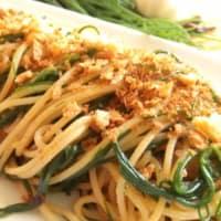 agretti y las migas de los espaguetis
