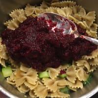 Pastas con el calabacín y salsa de remolacha paso 3