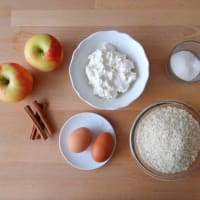 Rice cake and apple gluten step 1