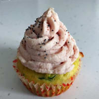 cupcakes with salted zucchini and ham mousse