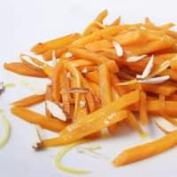 Zanahorias con limón y almendras