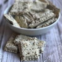 Cracker di grano saraceno senza forno
