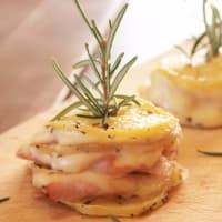 torres de patata con jamón y scamorza