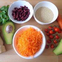 Ensalada de vegetales, quinoa y aceite aromático paso 2