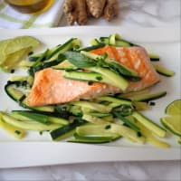 Marinated salmon with zucchini