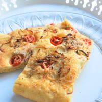 Focaccia pomodorini e cipolla senza impasto