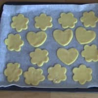 Short pastry cookies to decorate step 5
