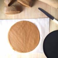 Pastel de capas CON yogur con miel y nata paso 9