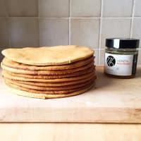 Pastel de capas CON yogur con miel y nata paso 12