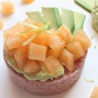 tartar ciauscolo IGP con melón y aguacate crema