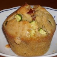 Dried tomato muffins and zucchini