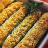 Calabacín relleno con arroz de tomate