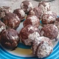 Cereal balls chocolate machiatto