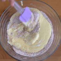 De coco pastel y las cerezas paso 3