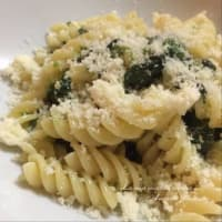 Fusilli with spinach