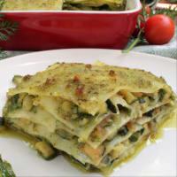 Lasaña en verde con pesto vegetariana y calabacín