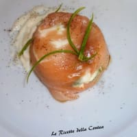 Delicate cheese with salmon zucchini and stracchino