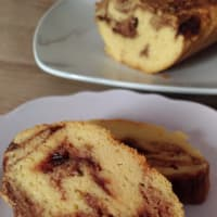 Plumcake with almond scents with Lemon