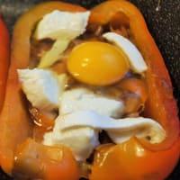 Pimientos rellenos con huevos escalfados paso 5