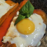 Pimientos rellenos con huevos escalfados paso 7