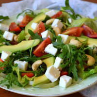 Avocado, rocket and feta salad