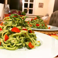 Spaghetti with crude vegan pesto