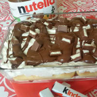En Tiramisú de chocolate Nutella y Kinder