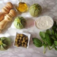 Calabacín relleno con queso con aceitunas y hierbas paso 1