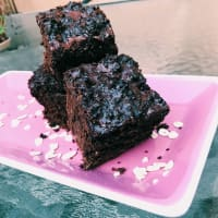 Vegan brownie with chocolate ganache