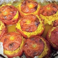 los tomates boca agua arroz cocido al horno