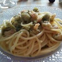 calabacín espagueti y camarones