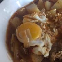 Carne a la cacerola con mostaza y salame
