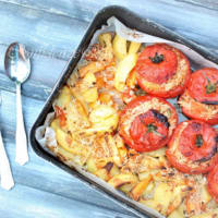 Tomatoes with rice with potatoes