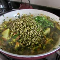 Mung fagioli in umido step 4