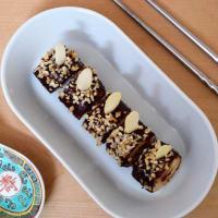 Falso plátano maki y chocolate negro con avellanas paso 5