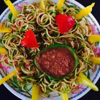 salsa de espaguetis de calabacín en guacacuore