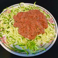salsa de espaguetis de calabacín en guacacuore paso 3