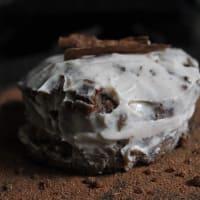 Pastel de manzana y canela con frosting de yogurt